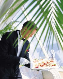 crystal cruises waiter4